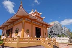 """""""อนุสรณ์สถานประธานโฮจิมินห์"""" สวยงามยิ่งใหญ่ สไตล์ไทยเวียดนาม"""