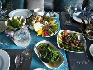 """หญิงแกร่งสร้างเสน่ห์ """"อาหารไทย"""" ดังไกลในต่างแดน พร้อมเปิดร้าน """"ดีอันดามัน"""" ที่สตูล (มีคลิป)"""
