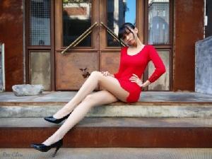 Candice  สาวสวย เซ็กซี่ เรียวขายาวถึง  64% ของร่างกาย