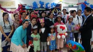 โรงพยาบาลบุรีรัมย์จัดงานวัดเด็กสร้างรอยยิ้มให้เด็กป่วย