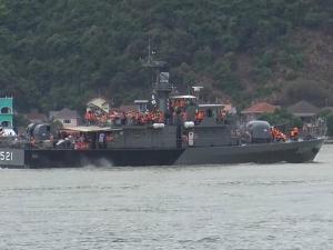 ทัพเรือสงขลานำเด็กๆ ผู้ปกครองล่องเรือรบทัศนศึกษาภูมิประเทศ เนื่องในวันเด็กแห่งชาติ