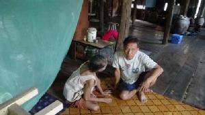 วอนสังคมช่วยเหลือหญิงชราตาบอดสนิท 2 ข้าง ปากเป็นแผลเรื้อรัง ไม่มีรายได้