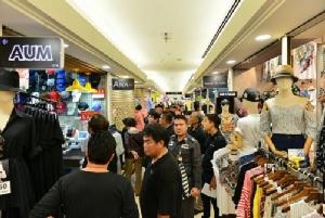 """""""พาณิชย์"""" เผยสหรัฐฯ ประกาศไทยไม่มีตลาดขายของปลอมเป็นครั้งแรกในรอบ 10 ปี"""