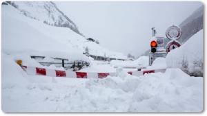 """In Clips :หิมะตกหนักทำเอาหมู่บ้านแถบเทือกเขาแอลป์ใน """"สวิตเซอร์แลนด์"""" และ """"ออสเตรีย"""" ถูกตัดขาด"""