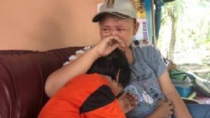 """น้องอิน ยังสู้ ล่าสุดพาแม่ไปรับยารักษามะเร็ง""""หมอแสง""""ที่ปราจีน"""