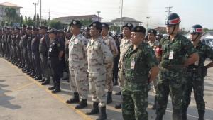 ตำรวจปทุมฯ ปล่อยแถวดูแลความปลอดภัยช่วงวันวาเลนไทน์