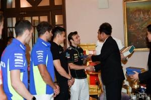 """""""ประยุทธ์"""" ยินดีไทยเตรียมเป็นเจ้าภาพการแข่งขัน MotoGP ท่องเที่ยวได้ประโยชน์"""