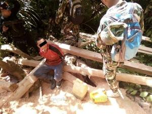 จับอีก! จนท.รวบมอดไม้ขณะเลื่อยไม้ในเขตพื้นที่อุทยานแห่งชาติบูโด-สุไหงปาดี