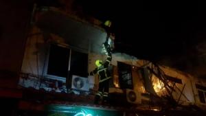 ไฟไหม้บ้านเรือนประชาชนซอยจันทร์ 43 ย่านสาทร วอด 4 คูหา