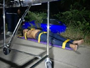 ตำรวจสามโคก ล่อซื้อยาเสพติดจับผู้ต้องหาได้ 1 หนีรอด 1