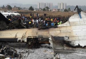 นักบินมีปัญหา?? 'เครื่องบินบังกลาเทศ'ตกที่เนปาลตาย50  ขณะลงจอดที่สนามบินกาฐมาณฑุ