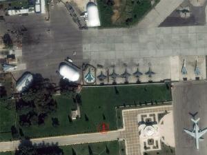 จากความสูง 500 กม. เห็น Su-57 ชัดเจน เครื่องบินรบรัสเซียอื่นๆอีก 27 ลำในซีเรีย