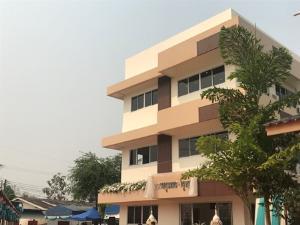 ชาวบ้านอนุโมทนาบุญกันทั่ว ครูเกษียณบริจาค 10 ล้านสร้างตึก รพ.ชายแดน
