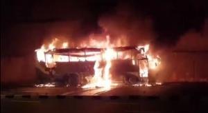 ระทึก! ไฟไหม้รถทัวร์ขนต่างด้าวต่อใบอนุญาต คาดถูกไฟคลอกดับกว่า 20