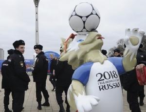 """InClip :โดนอีกราย! """"โอลิกาชรัสเซีย"""" ค่าตัวหลักพันล้านดอลลาร์ ได้สัญญาสร้างสนามกีฬาเวิลด์คัพให้เครมลิน ถูกยัดข้อหายักยอก"""
