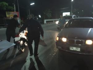 ชนระนาวกลางเชียงใหม่ หนุ่มลูกครึ่งซิ่งกระบะพุ่งข้ามถนน 8 เลน-นักท่องเที่ยวจีนขี่รถสวนเลนชนเก๋ง
