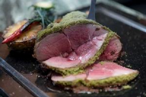 อิ่มอร่อยกับอาหารและเครื่องดื่มพิเศษช่วงเทศกาลสงกรานต์ ที่ รร.สยามเคมปินสกี้ กรุงเทพฯ