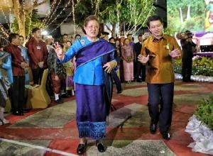 สมเด็จพระเทพฯ เสด็จฯ งานสงกรานต์สถานทูตลาวประจำประเทศไทย