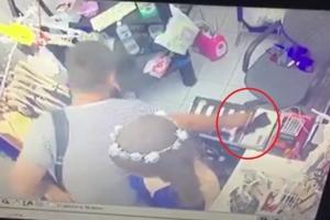 เจ้าของร้านเสื้อผ้าที่อ่าวนางโพสต์คลิปเตือนระวังนักท่องเที่ยวในคราบโจร
