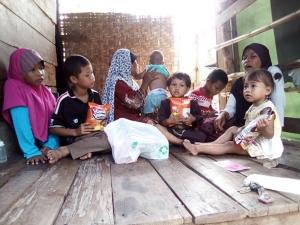 วอนคนไทยช่วยเหลือครอบครัวสาวใหญ่ปัตตานี อยู่อย่างแร้นแค้นกับลูกหลานรวม 12 ชีวิต