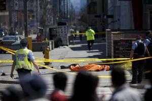 แคนาดาช็อก! ตาย 9 เจ็บ 16 คน เหตุรถตู้พุ่งชนคนเดินถนนแถวสี่แยกใหญ่-ยังไม่รู้แรงจูงใจ