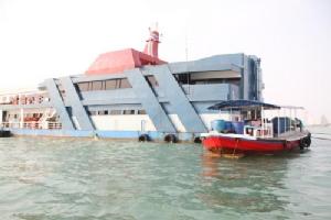 หวั่น!! เรือภัตตาคารกลางอ่าวพัทยา สร้างปัญหาสิ่งแวดล้อม-ท่องเที่ยว