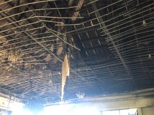 ระทึก! ไฟไหม้หอประชุม ร.ร.นวมินทราชูทิศทักษิณเสียหายยับ คาดไฟฟ้าลัดวงจร