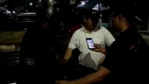 ตม.จันทบุรีจับหนุ่มพม่าลอบเข้าเมืองขายโรตี-รวบ 2 อินเดียอยู่ไทยเกินอายุวีซ่า