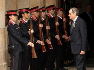 "In Pics : รัฐสภากาตาลุญญาเลือก ""ควิม ทอร์รา"" ปธน.คนใหม่ ขึ้นชื่อสายเหยี่ยวสนับสนุนแยกตัวจากสเปน"