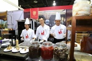"""""""ห้องอาหารจีนพาโกด้า ไชนีส เรสเตอรองท์ ตอกย้ำความอร่อยรับรางวัล ไทยแลนด์ แทตเลอร์ เบสต์ เรสเตอรองท์ 2 ปี ซ้อน"""""""