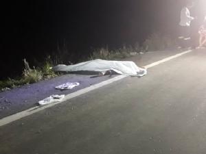 กระบะชน จยย.แล้วหนี หนุ่มวัย 31 คอหักเสียชีวิตริมถนนเลียบคลองหม่อมแช่ม