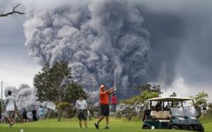 "In Pics : ฮาวายเตือนภัยระดับ ""สีแดง"" หลังภูเขาไฟคิลาเวพ่นกลุ่มควันเถ้าถ่านรุนแรง"