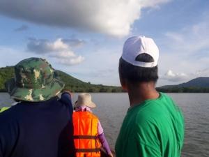 ผู้ว่าฯ ภูเก็ตลุยตรวจปะการังบ้านอ่าวกุ้ง หลังชาวบ้านร้อง หวั่นขุดร่องน้ำเข้ามารีนาทำกระทบ