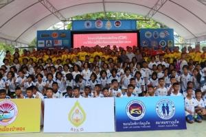 สมาคมชาวภูเก็ต ร่วม บ.ย.ส.รุ่นที่ 22 ให้ความรู้เยาวชนด้านความปลอดภัยทางทะเล