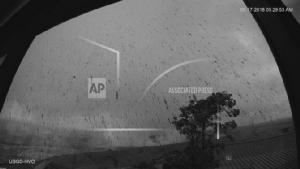 ระทึก! ภูเขาไฟฮาวายคำรามหนัก เกิดปะทุระเบิด รุดแจ้งเตือนชาวบ้านหาที่หลบภัย
