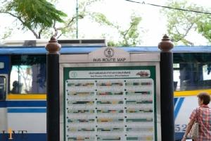 กทม.จ่อแก้ป้ายรถเมล์ 2 ภาษา ให้อ่านง่าย กระชับ พ่วง QR Code ไว้อ่านข้อมูลทั้งหมดแทน