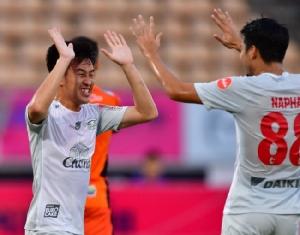 ชลบุรี ล้างอาถรรพ์บุกเฉือน โคราช 1-0