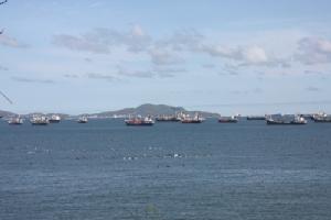 นายกฯ เกาะสีชังเตรียมบูรณาการ 3 หน่วยงาน จัดการขั้นเด็ดขาดผู้ก่อปัญหาสิ่งแวดล้อมในทะเล