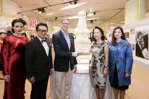 สยามพารากอนจับมือสถานทูตอังกฤษ ร่วมยินดีพิธีเสกสมรสแห่งปี!!