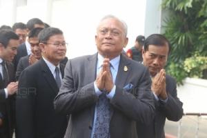 """สะพัด! """"สุเทพ"""" จ่อตั้ง """"พรรครวมพลังประชาชาติไทย"""" ปชป.เจอหลายพรรคดูดไม่ต่ำกว่า 8 คน"""