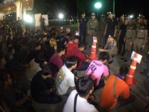 """""""บิ๊กโจ๊ก""""ถึงกับอึ้ง วัยรุ่นเมืองกรุงเก่าเปิดเพจชวนแข่งแว้นกลางถนน จับได้ 28 คันพร้อมยาบ้า-ไอซ์"""