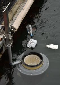 สาธิตถังขยะดูดพลาสติกในทะเล
