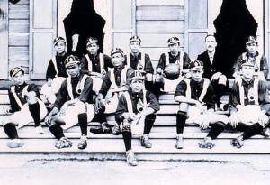เปิดตำนานฟุตบอลยุคเตะหัวกะโหลกมนุษย์!จนถึง ร.๖ทรงตั้งทีมชาติไทย ลงสนามครั้งแรกก็ชนะทีมฝรั่ง!!
