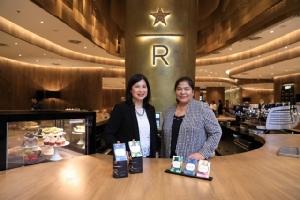 """คนไทยดื่มกาแฟสตาร์บัคส์ 3.5 ล้านแก้วต่อเดือน """"สตาร์บัคส์"""" พุ่งเป้า 5 ปีรวม 600 สาขา เปิดสโตร์ใหญ่สุดในไทย-ชู """"ดราฟต์"""""""