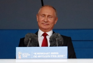 """""""ปูติน"""" ไฟเขียวสาวรัสเซียนมีเซ็กซ์ชาวต่างชาติช่วงบอลโลก ชี้ถ้าต้องการก็ห้ามไม่ได้"""