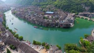 Beautiful China: ชมช็อตภาพสวยๆในการแข่งเรือแห่งเทศกาลไหว้บ๊ะจ่าง