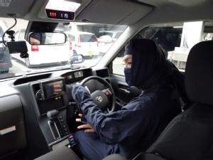 ผู้โดยสารมีงง ญี่ปุ่นจ้างนินจาขับแท็กซี่ (ชมคลิป)