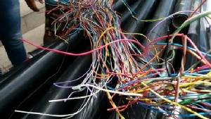 รวบยกแก๊งโจรลักตัดสายโทรศัพท์-ไฟฟ้า ทำความเสียหายแต่ละปีนับล้านบาท