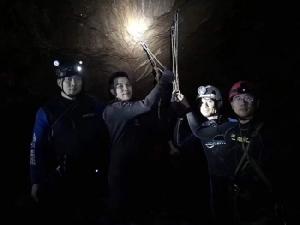 นับถือหัวใจ นักกู้ภัยจีน! ยืนหยัดจนเสร็จภารกิจถ้ำหลวง แม้สูญเสียเพื่อนร่วมชาติที่ภูเก็ต