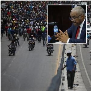 "<b><Font color = blue>In Pics : </font></b>นายกฯ เฮติ ""ลาฟองแต็ง"" หน้าบาง ลาออกแล้ว เซ่นเหตุขึ้นราคาน้ำมันเอาใจ IMF"